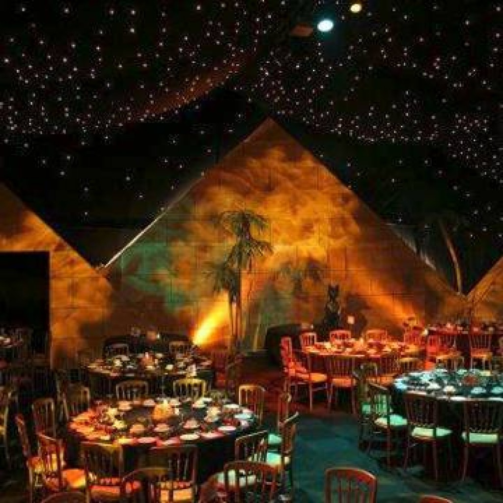 Themed Christmas parties - Cairo