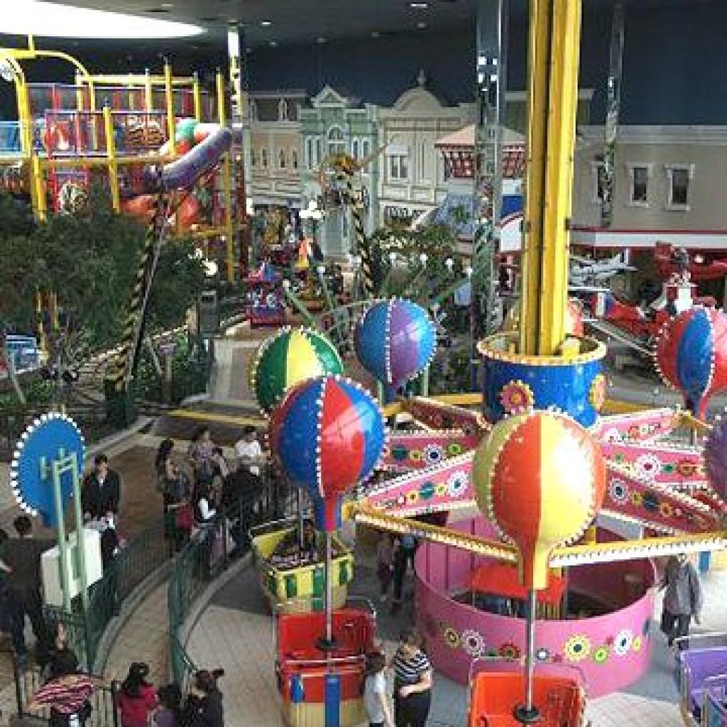 Indoor family fun days - indoor fairground
